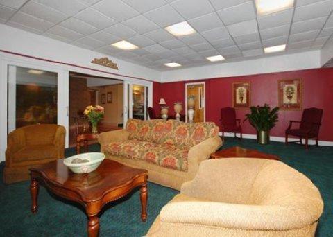 фото Comfort Inn Tiger Blvd 487748982