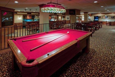 фото Holiday Inn Cumberland-Downtown 487750306