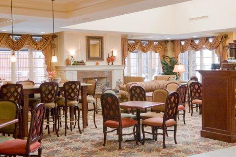 фото Hampton Inn & Suites Mobile - Downtown Historic District 487751191