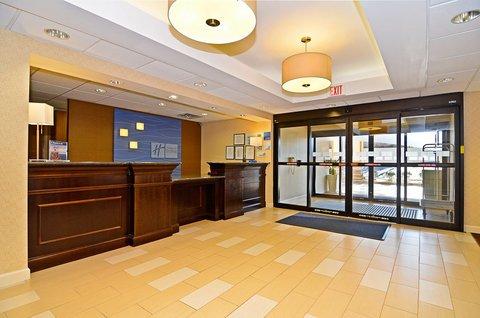 фото Holiday Inn Express - St Mountain 487755436