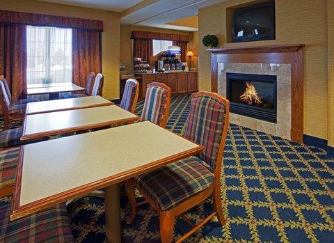 фото Holiday Inn Express Saint Cloud 487755552