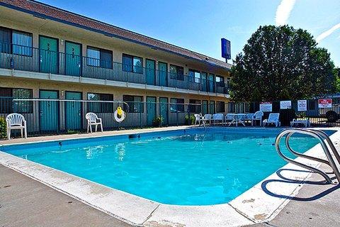 фото Motel 6 Pueblo - I-25 487755952