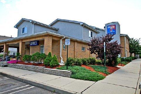 фото Motel 6 East Brunswick 487756031