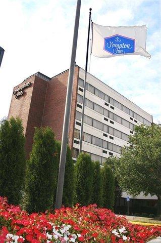 фото Hampton Inn Springfield 487756329