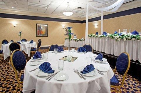 фото Holiday Inn Akron West 487759688