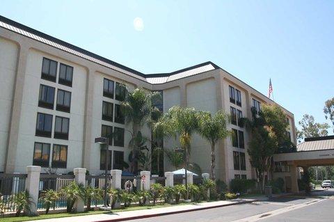 фото Hampton Inn Los Angeles-West Covina 487760834
