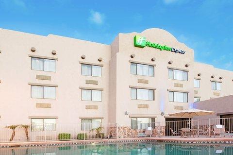 фото Holiday Inn Express Goodyear 487764311