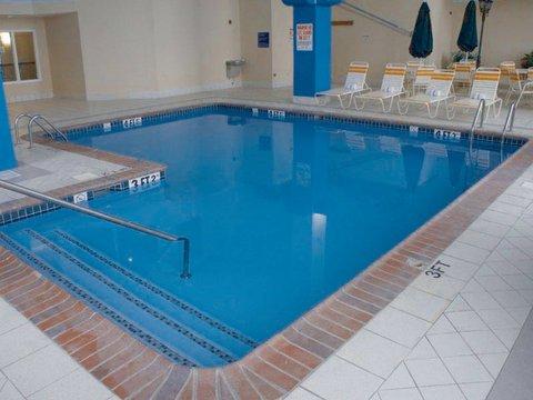фото La Quinta Inn & Suites Greenwood 487765764