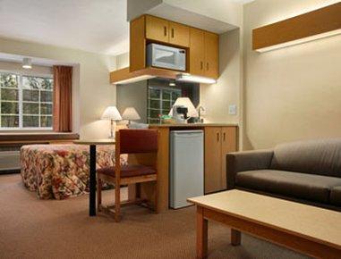 фото Days Inn Sturbridge 487766343