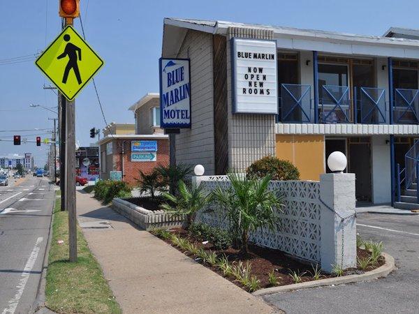 фото Blue Marlin Inn & Suites 487766826
