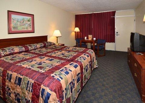 фото Rodeway Inn & Suites Harriman 487769902