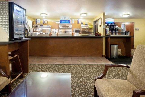 фото Holiday Inn Express Harlingen 487772270