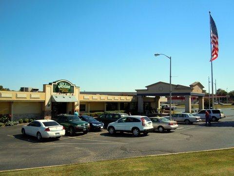 фото Best Western Dyersburg Inn 487772866
