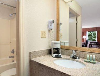 фото Baymont Inn And Suites Montgomery 487773104