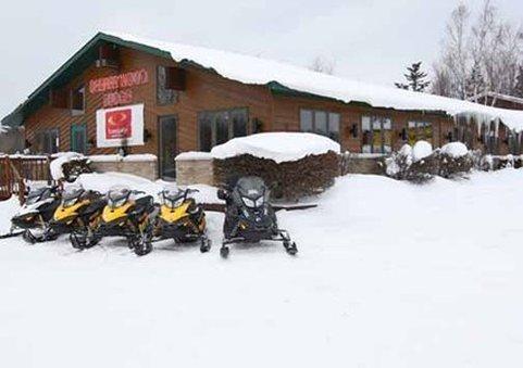 фото Econo Lodge Inn & Suites Munising Area 487773108