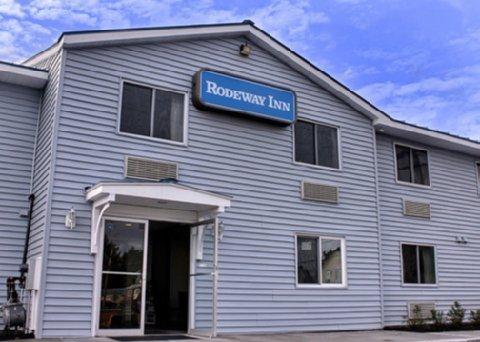 фото Watertown Rodeway Inn 487773958