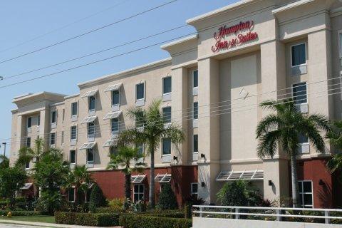 фото Hampton Inn & Suites Stuart-North 487774573
