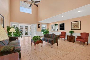 фото Baymont Inn and Suites - Greenwood 487774680