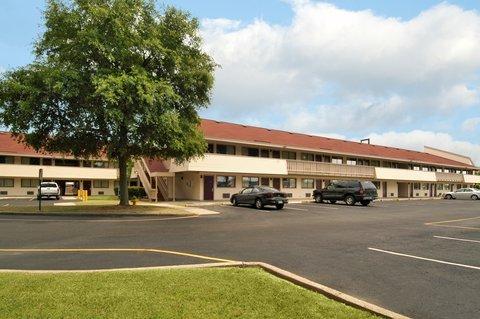 фото Red Roof Inn Lafayette 487776578