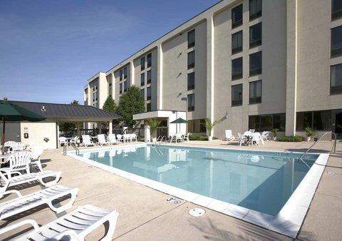 фото Days Inn Lexington Park 487777266