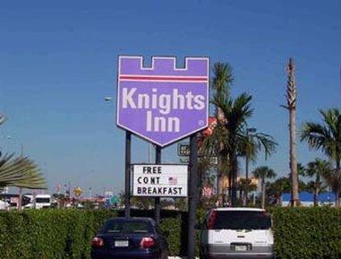 фото Knights Inn Florida City Fl 487780586