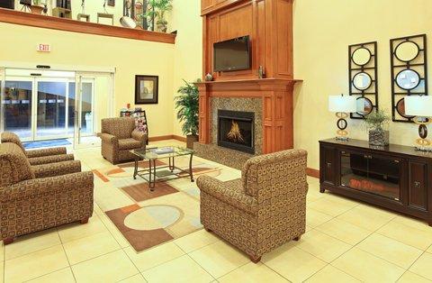 фото Holiday Inn Express Hotel & Suites Kilgore North 487781167