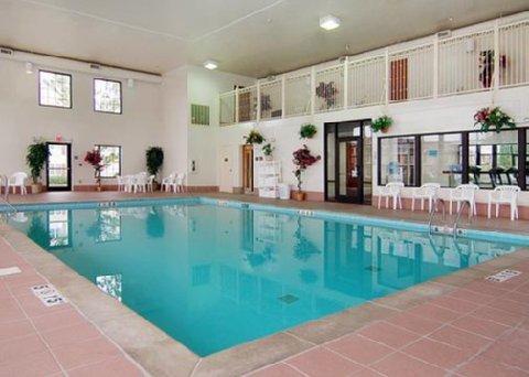 фото Comfort Suites Lebanon 487781456
