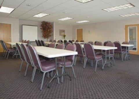 фото Comfort Suites Elkhart 487781463