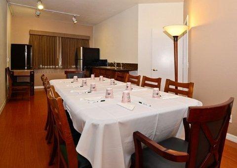 фото Quality Inn & Suites Oceanview 487783883