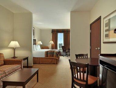 фото Baymont Inn And Suites Henderson 487784423
