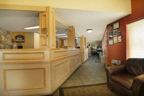 фото Best Western Hi-Desert Inn 487784820