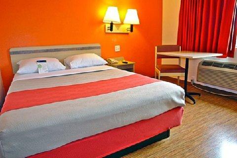 фото Motel 6 Chicago Northwest - Palatine 487786867