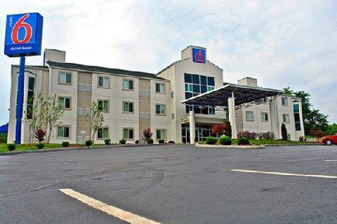 фото Motel 6 Bristol 487787447