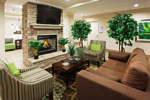 фото Holiday Inn Express & Suites Smyrna 487788286