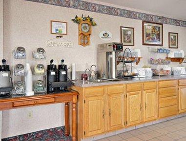 фото Super 8 Motel Beloit 487788390