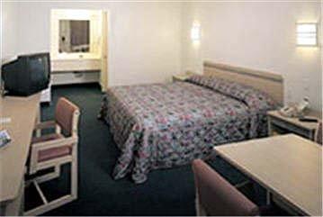 фото Motel 6 Brattleboro 487788864