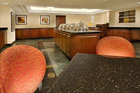 фото Drury Inn Suites Fairview Hts 487790176