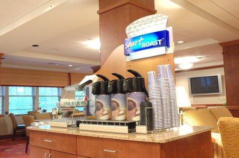 фото Holiday Inn Express & Suites Tilton 487790591