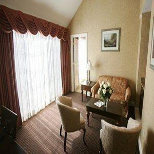 фото Waters Edge Resort And Spa 487791834