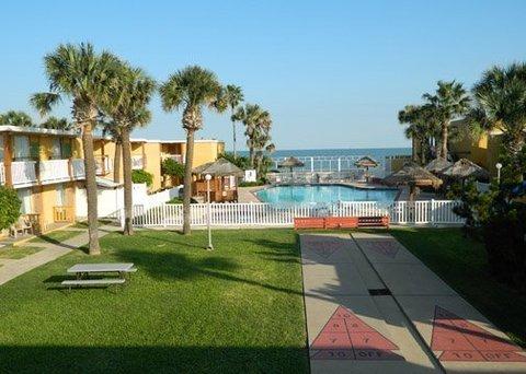 фото Quality Inn & Suites on the Beach 487793597