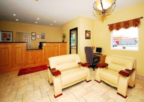 фото Econo Lodge Inn & Suites Rockmart 487794900