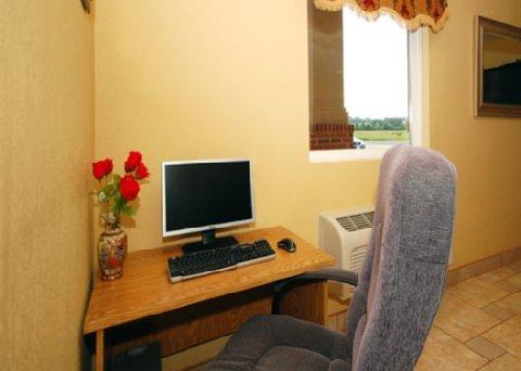 фото Econo Lodge Inn & Suites Rockmart 487794905