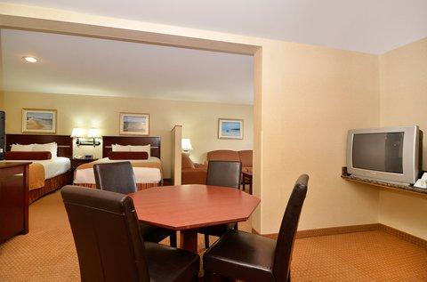 фото Best Western PLUS Landmark Inn 487795053