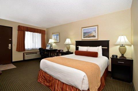 фото Best Western PLUS Landmark Inn 487795055
