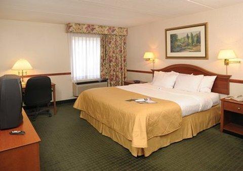 фото Clarion Hotel & Conference Center Northampton 487795939