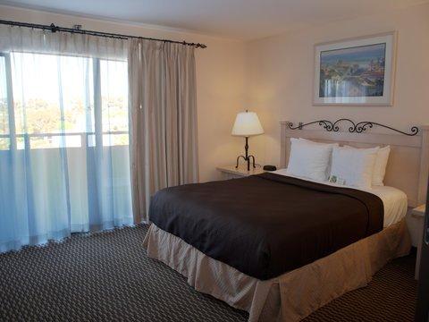 фото Best Western Encinitas Inn and Suites 487798597