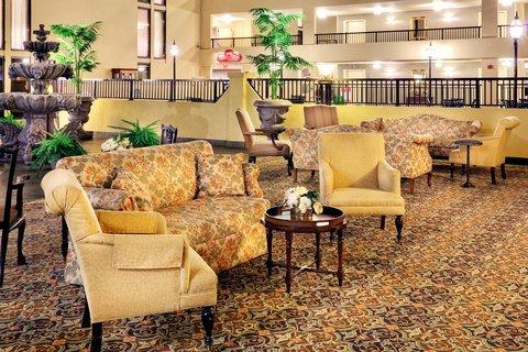 фото Holiday Inn Morgantown 487800448