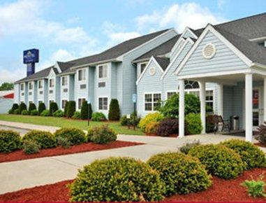 фото Microtel Inn & Suites by Wyndham 487801958