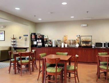 фото Microtel Inn & Suites by Wyndham 487801961