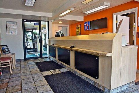 фото Motel 6 Denver South - Tech Center 487802325